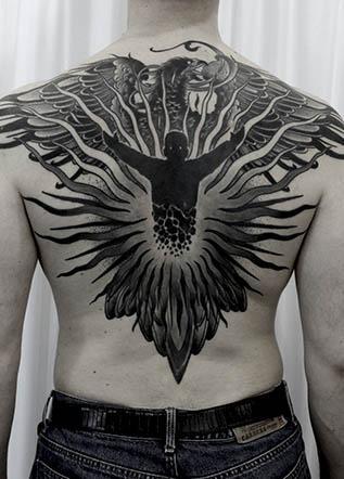Мужская тату феникс
