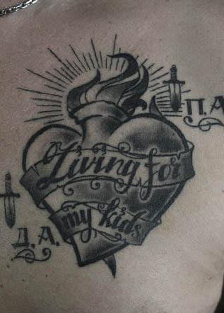 Традиционная тату сердце
