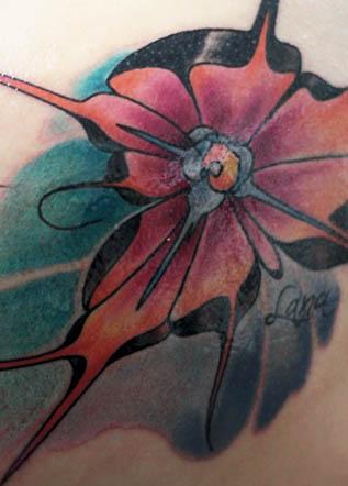 Цветная тату цветочек