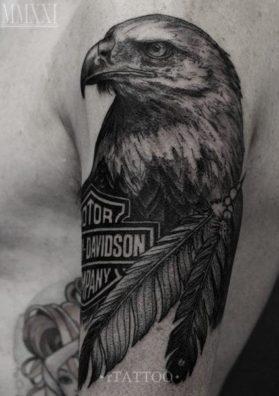 Тату орел на руке 1